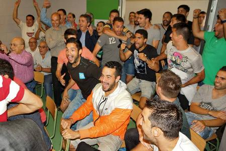 Així van reaccionar a Cornellà quan es va conèixer que el Real Madrid era el rival // FOTO: Andrés Ayala (uecornella.cat)