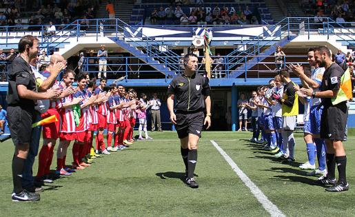 David Conejo va ser homenatjat al seu darrer partit a Tercera, l'Europa-Vilassar / FOTO: ceeuropa.cat