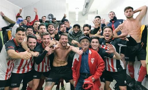 El Viladecans es consolida a la segona posició // FOTO: Twitter Viladecans