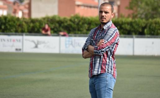 Dialogant i empàtic, així és l'Albert entrenador // FOTO: cfreusdeportiu.com