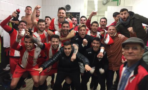 Gran triomf del Viladecans davant del líder // FOTO: @UD_Viladecans