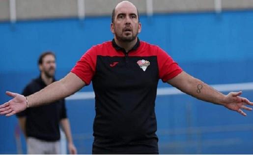 Jordi Souto, un tècnic guanyador, 12è curs a Badalona (Unificació Llefià) //  FOTO: Eduardo Berzosa