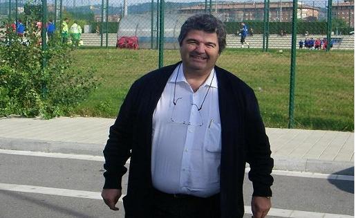 Francesc Folguera,, Futbol, Base,