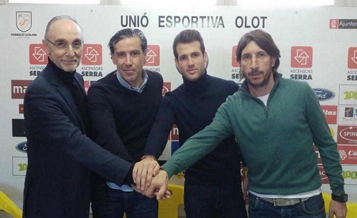Aquesta temporada 2020-2021 va començar amb Raul Garrido a la banqueta // FOTO: UE olot
