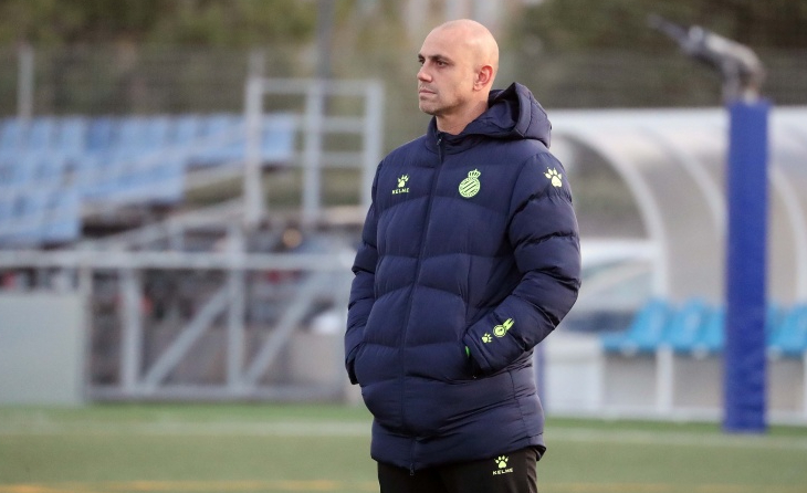 Moisés Hurtado torna a dirigir a l'Espanyol Juvenil B // FOTO: RCD Espanyol