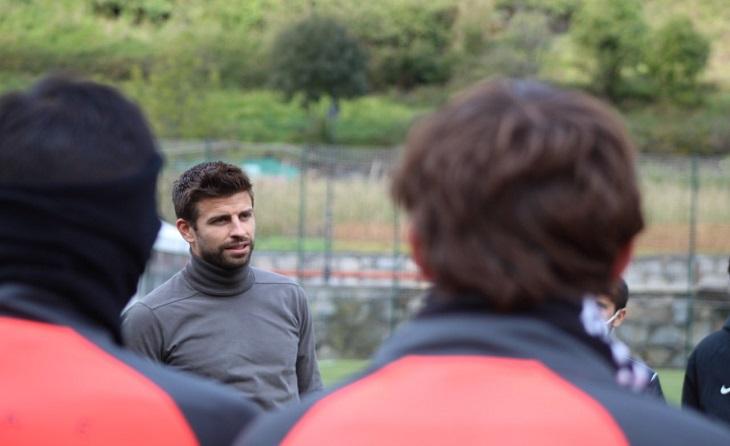 Gerard Piqué no es va voler perdre la presentació de Martin Mantovani // FOTO: FC Andorra