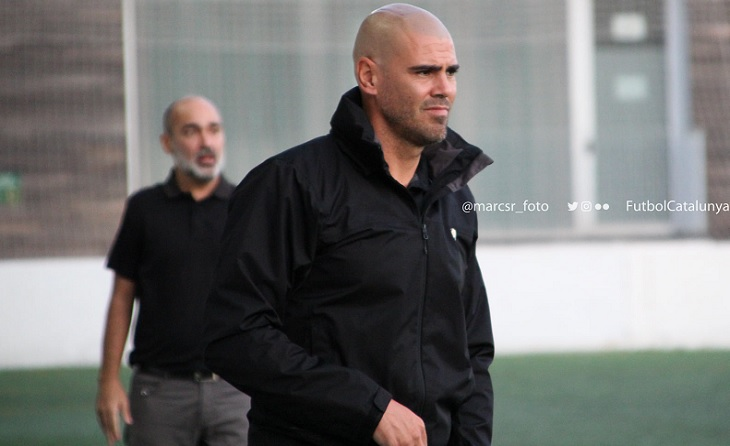 No està tenint excessiva fortuna Víctor Valdés a a l'hora de triar porters per al Horta // FOTO: @marcsr_foto