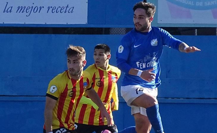 Roger García va anotar en el minut 5 per a la FE Grama i va posar en avantatge al seu equip fins al final // FOTO: Sergi García
