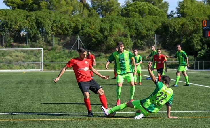 Santboià i Viladecans són dos dels participants a la Primera Catalana // FOTO: Federico González