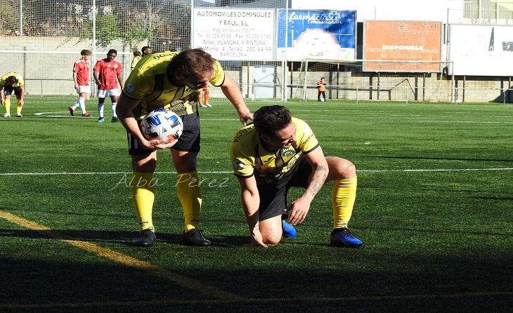 Va debutar Joan Verdú i Sergio García va veure la seva primera expulsió enfront del Manresa // FOTO: Alba Pérez
