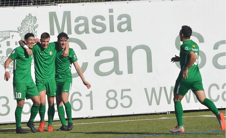 Una imatge molt habitual per als verds de Toni Carrillo // FOTO: Cerdanyola FC