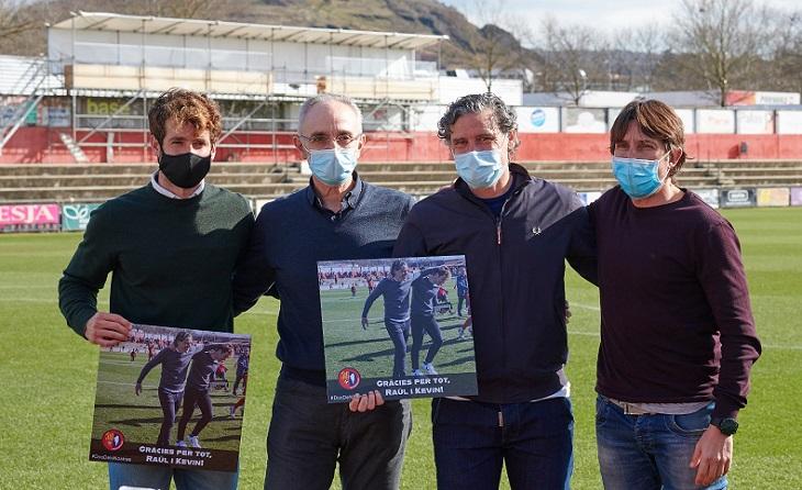 Raul Garrido i Kevin Martínez se'n van amb tot el dolor de l'entitat que presideix Joan Agustí // FOTO: UE Olot