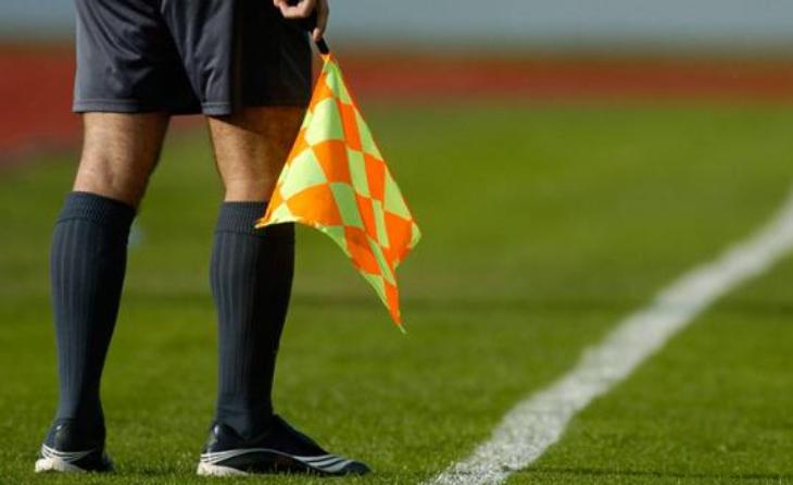 Els àrbitres del futbol català no entenen el repartiment de la rebaixa