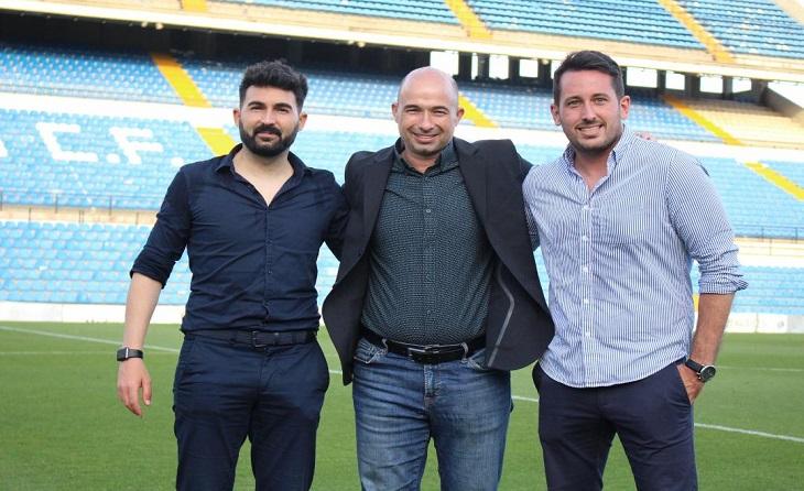 Romo (tècnic), Andrés Manzano (dtor gral.) i Juan Giménez (secretari tècnic) // FOTO: UE Cornellà