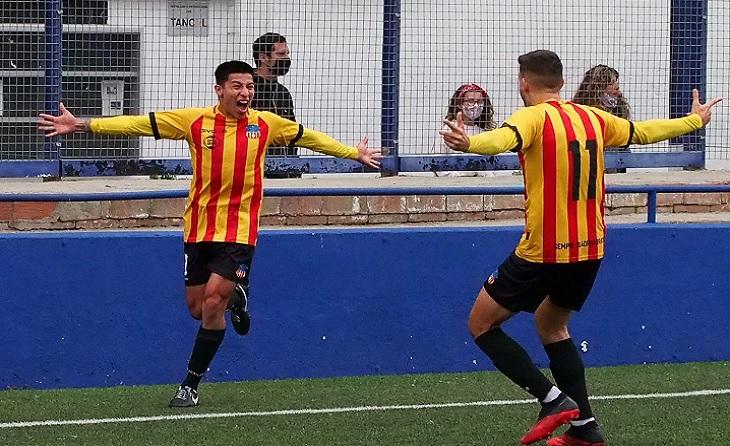 Carreón va aconseguir el gol del triomf, però el porter Arnau va saber detenir una pena màxima en el 94 // FOTO: UESA
