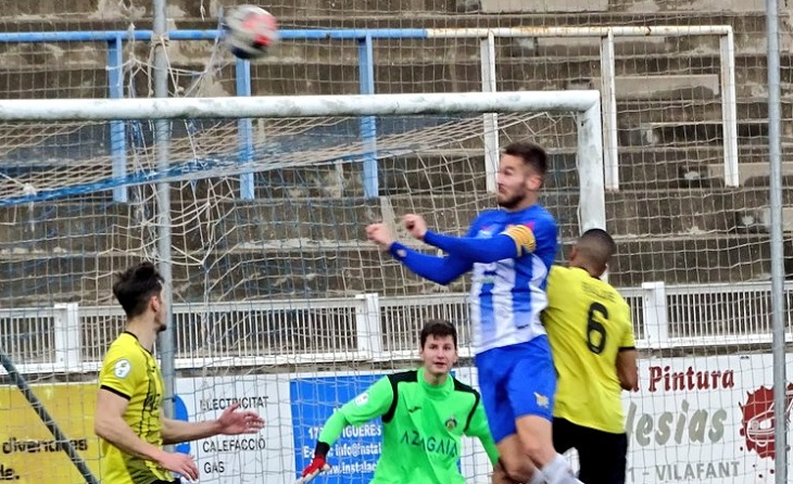 Cop de cap de gol per al capità del Figueres, Uri Ayala i els tres punts es queden a casa // FOTO: UEF