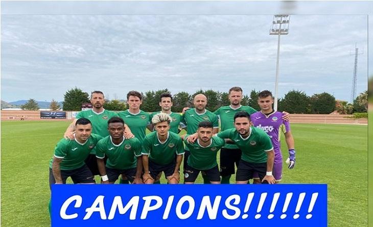 L'Ascó de Germán Inglés ha estat el primer equip que va aconseguir la promoció d'ascens // FOTO: FC Ascó