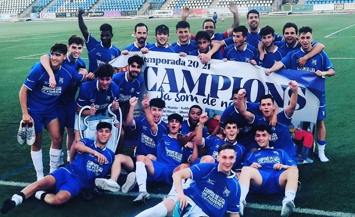 Els de  Gregorio Galvez 'Yoyo' han pogut imposar-se finalment en una Lliga molt igualada. Només 3 puntos menys que el Manresa // FOTO: UEF