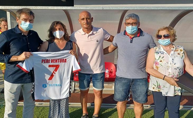 El futbolcat es va donar cita en Vilobí aquest passat dissabte per a recordar a un dels seus, // FOTO: Òscar Milla-CELH