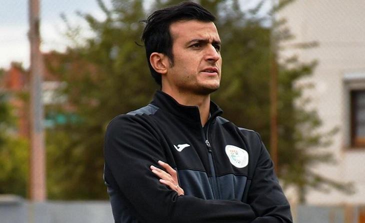 Així veu la temporada l'entrenador del Turó Peira, Manu Gracia // FOTO: E.B.