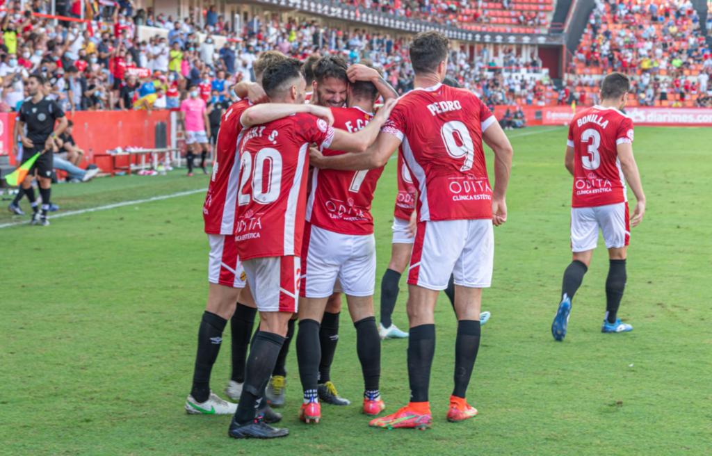 Dioni va marcar el primer hat-trick de la història de Primera RFEF // FOTO: Atlètic Balears