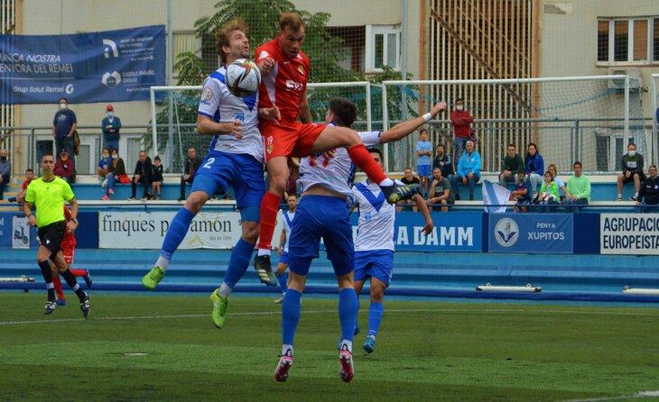 El xoc entre europeistes i terrassencs va deixar un repartiment de punts que deixa força satisfets els dos equips // FOTO: Terrassa FC