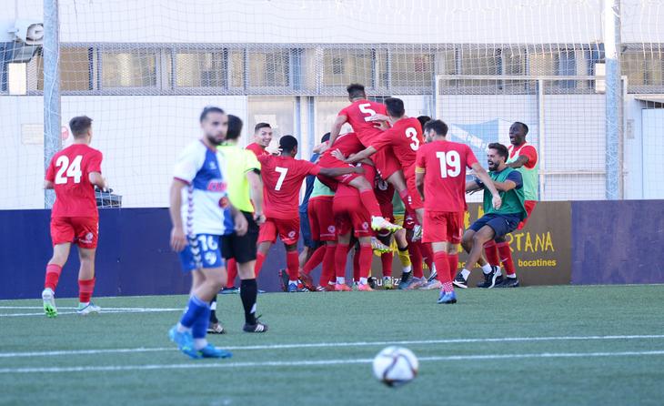 La plantilla del Lleida està més unida que mai // FOTO: Lleida Esportiu